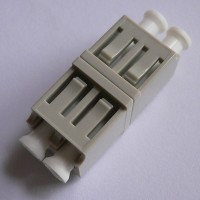 Duplex Plastic LC Dual Latch Fiber Adapter Beige Color Ceramic Sleeve
