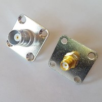 4 Hole Panel Mount 25x25mm BNC Female to SMA Female RF Adapter